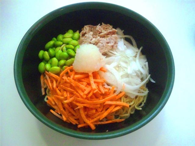 彩り野菜のあえ麺 - コピー